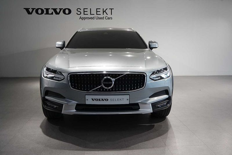 Volvo  AWD D5 MMT