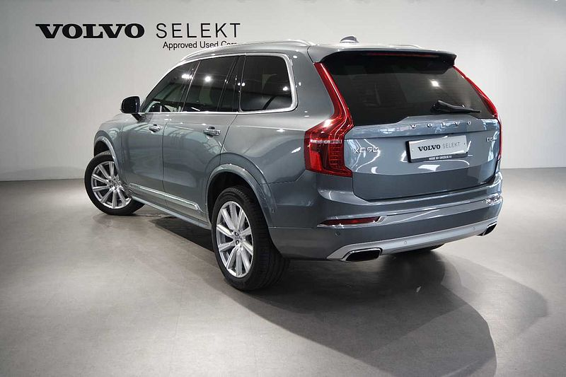 Volvo  D5 AWD INS